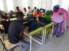 Bildung gegen Piraterie: E-Learning-Zentrum in Dschibuti eröffnet / VDR und SOS-Kinderdörfer weltweit schaffen Berufsperspektiven für Jugendliche am Horn von Afrika