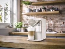 Nespresso præsenterer Lattissima One – en kompakt kaffemaskine i et enkelt, stilrent design
