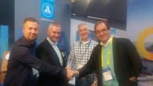 ​JL Audio Marine Europe - METSTRADE: Waterloft Signs Agreement at METSTRADE to Become JL Audio's German Distributor