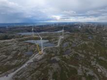 Alle turbiner montert i Storheia vindpark
