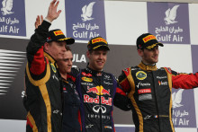 Vettels trestoppstrategi gav vinst i Bahrains Grand Prix