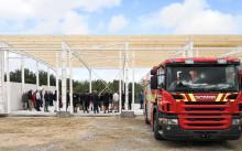 Rejsegilde på ny brandstation i Hadsten