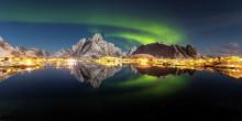 Охотников за северным сиянием в Норвегии становится все больше
