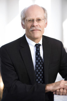 Stefan Ingves inleder stort finansevenemang på Nalen 28 mars, där frågan om bankskatt och finansiell stabilitet lyfts