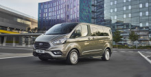 Uusi Ford Tourneo Custom tarjoaa parhaat paikat liike-elämässä ja vapaa-ajalla