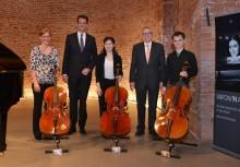 Meisterinstrumente an Nachwuchs-Cellisten übergeben