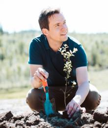 Jon Hillgren utsedd till Årets Landsbyggare för rätt attityd och framtidstro i Höga Kusten.