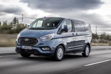 A Ford elsőként mutatta be Plug-In Hybrid modelljeit az 1 tonnás haszonjármű kategóriában