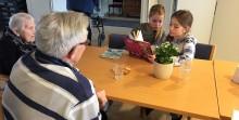 National trivselsdag: Unge lærer af ældre, og ældre lærer af unge