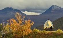 Riksbyggens världskända bastu Solar Egg på väg till Stockholm och Artipelag
