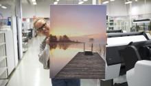 Ifolor: Suomalaiset teettävät Sauli Niinistön kuvia kotiensa seinille