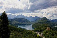 'BEER IN MIND FATHER'S DAY' WITH RAMBLERS WALKING HOLIDAYS