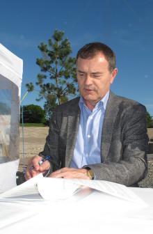 Rymliga moderna hyresrätter byggs till familjer i Väsby
