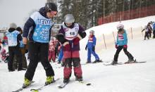 800 fritidshemsbarn i Skellefteå får åka skidor hela vintern