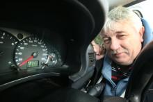Taxichaufför har åkt 25 varv runt jorden med sin Ford Tourneo Connect