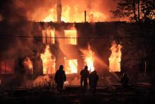 Ny undersökning: Bara 1 av 10 fastighetsägare prioriterar brandsäkerhet