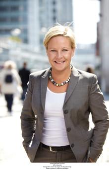 Hillevi Engström återgår till uppdraget som kommundirektör i  Väsby