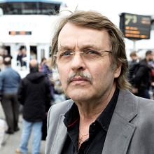 Mats Ahlstedt signerar sin nya kriminalroman