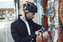 Von Ford-Mitarbeitern entwickelt: Intelligente Radfahr-Jacke, hilft bei Navigation und zeigt Fahrtrichtungswechsel an