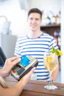 Europeanen op vakantie in het buitenland: reis- en betaalgewoonten