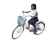 Årets julklapp – cykel till skolbarn i Kambodja