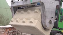 Gjut staplingsbara block av överbliven betong