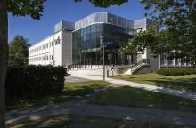 Aberdeen sælger erhvervsejendomme til ATP Ejendomme og Industriens Pension
