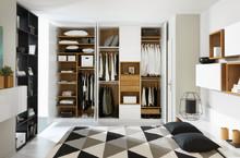Sådan indretter du en praktisk garderobe