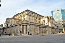 Bank of England staff to go on strike over pay deal