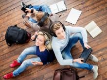YouTube und Instagram - Schüler suchen hier Infos über den Arbeitsmarkt.