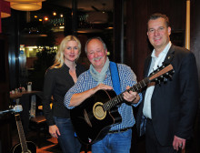 Hotel Mondial am Dom Cologne: mit Kölsch und Musik die Stadt kennen lernen