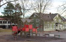 Dags för första spadtaget för renoveringen av Farstavikens skola/Ekedal