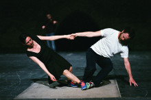 Dansikoner möts i duett till musik av Bach