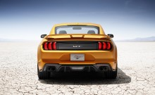 Neuer Ford Mustang: Jetzt programmiert der Fahrer, wann der Auspuff röhrt oder wie ein Kätzchen schnurrt
