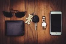 Vigtigste ejendel: Mænd tænker på pungen, kvinder på mobilen
