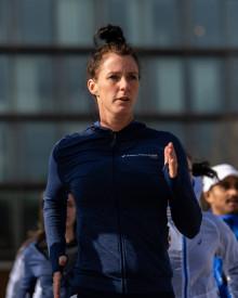 Jessica springer 420 kilometer på 10 dagar – avslutar med Paris Marathon