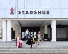 Bodywoods turné fortsätter – öppnar sitt mobila tempel på Stora Torget i Nyköping
