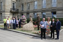 ​Bride and groom – Bury in Bloom!
