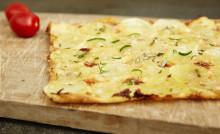 Månadens recept januari - Potatispizza med mozzarella och rosmarin
