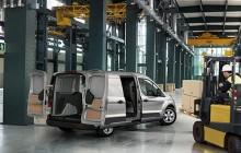 Täysin uusi Ford Transit Connect tarjoaa nokkelat lastausratkaisut ja luokkansa toimivimman tavaratilan