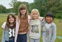 Allmännyttans Sommaraktiviteter lockade nära 500 barn till simskola