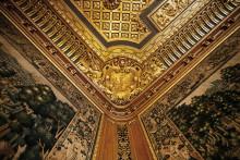 TESALONG 13 maj.  Av högsta klass – hantverket i Hallwylska palatsets inredningar