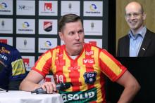 Svensk Innebandy skänker pengar till minnesfond efter Mika Kohonens historiska poängrekord
