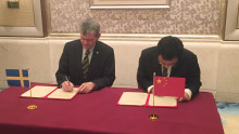 Högskolan skriver kontrakt i Asien