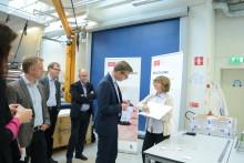 Näringsministern besökte Printed Electronics Arena (PEA)