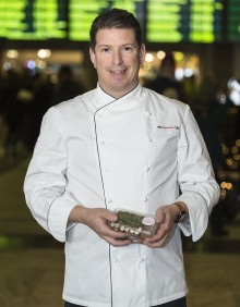Pontus Frithiof satsar på generös och näringsrik frukost för affärsresenärer