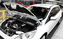 Fords prisbelönta motor 1,0-liters EcoBoost-motor – nu också i modellerna C-MAX och Grand C-MAX