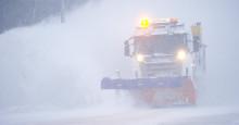 Snöröjer Stockholm stads trafikleder