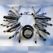Smycke-workshop för barn på Bästa biennalen i Skåne