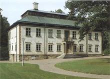 Musik på Slott och Herresäten presenterar sommarens första konsert med Romeo och Julia kören på Stola Herrgård utanför Lidköping tisdagen den 3 juli med start 19:00.